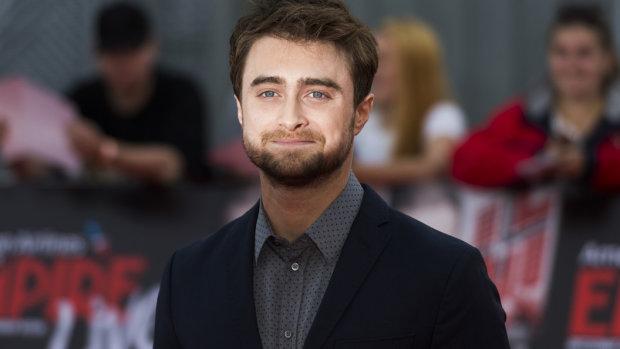 """Цікаві факти про головну зірку """"Гаррі Поттера"""", які мало хто знає: зв'язок з Герміоною і Роном, бійки, реп"""
