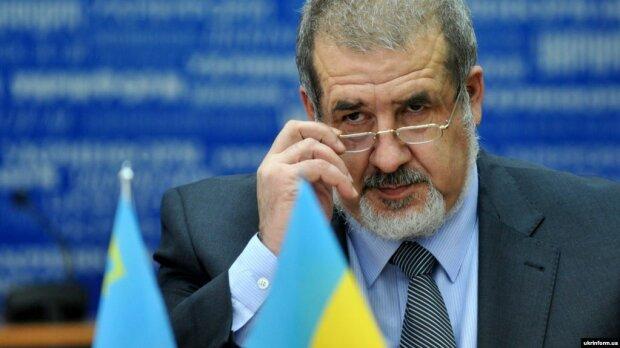 Рефат Чубаров благає Зеленського змінити Конституцію: що пропонує голова Меджлісу