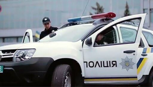 У Києві зникла школярка в рожевій сукні, батьки шукають всі вихідні