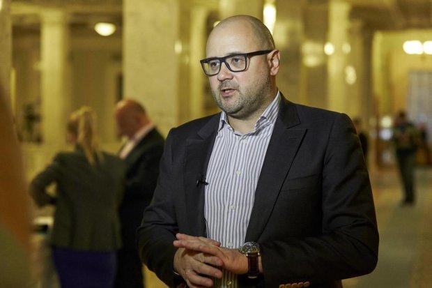 Посади автоолигарха: Чернявский опубликовал расследование оборудок Святаша