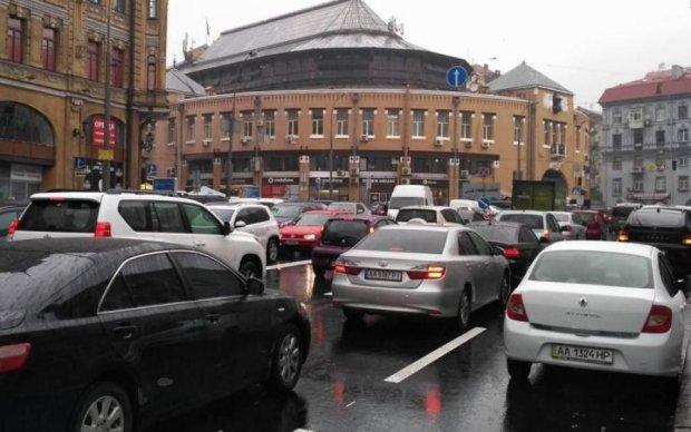 Амністія під питанням: українці ризикують назавжди забути про євробляхи