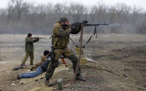 В Марьинке боевики обстреляли школу с детьми