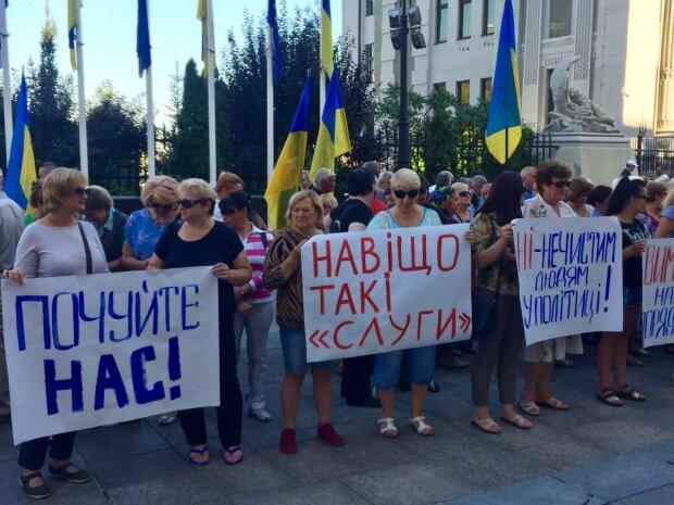 Фермеры Запорожской области заявляют, что полиция покрывает земельных рейдеров