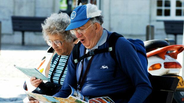 Українцям показали розкішне життя пенсіонерів за кордоном, нашим бабусям таке і не снилося