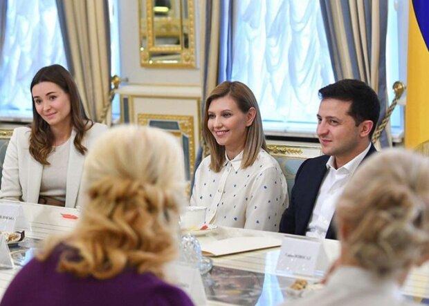 """Елена Зеленская с президентом поздравили украинских учителей: """"Мы гордимся..."""""""