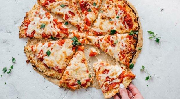 Піца на цвітній капусті, фото з відкритих джерел