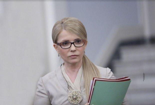 Тимошенко показала, кому пора уходить: вы все его знаете