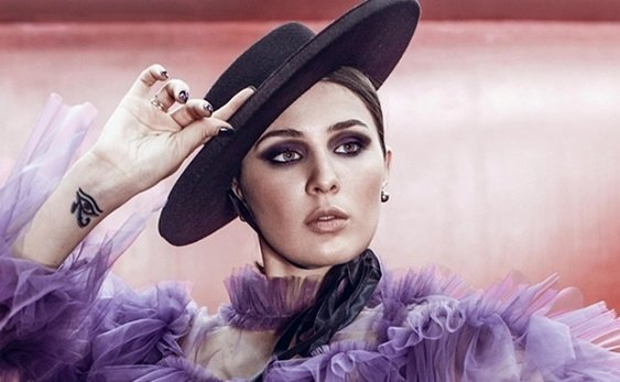 MARUV приручила чотирьох одразу: Діта фон Тіз і Леді Гага в одному флаконі