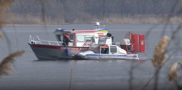 Под Львовом нашли тело пропавшего мужчины - плавал в озере