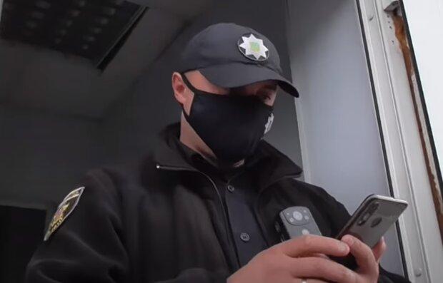 В Черновцах пропал темноволосый школьник в черных джинсах - полиция на ушах