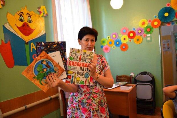 Рустам Гільфанов: ЛакіБукс поповнив фонди 15 бібліотек сучасним підлітковим нон-фікшеном