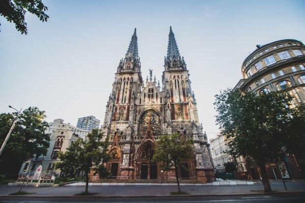 Миколаївський костел у Києві повстане з попелу за десятки мільйонів