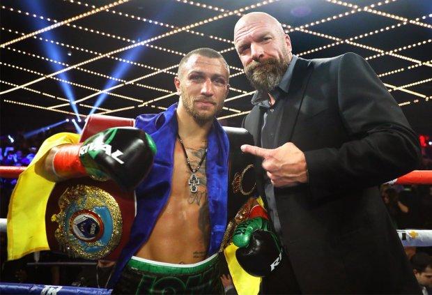 Василий Ломаченко победил Хосе Педрасу и объединил пояса
