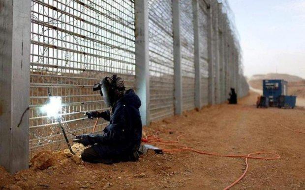 Стіна між Польщею та Україною: у Варшаві зробили гучну заяву