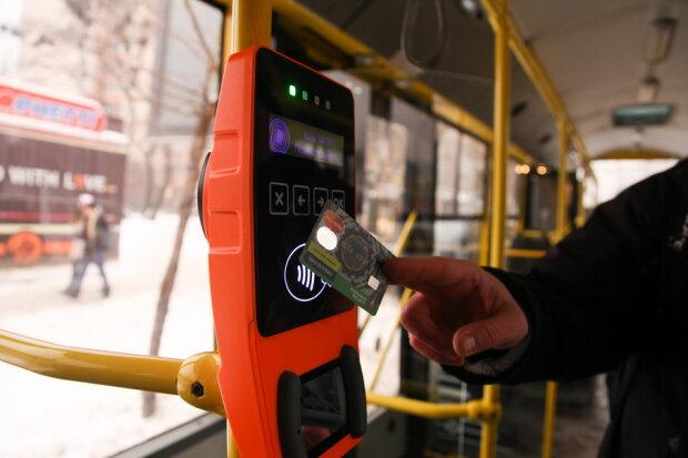 Прощайте, жетони: Київ переходить на електронний квиток, - як ним користуватися