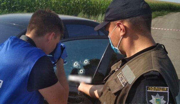 Черный Mercedes с телом внутри: под Полтавой расстреляли известного криминального авторитета, - СМИ