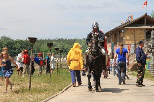 Под Киевом рыцари сразятся за Кубок Европы по средневековому бою