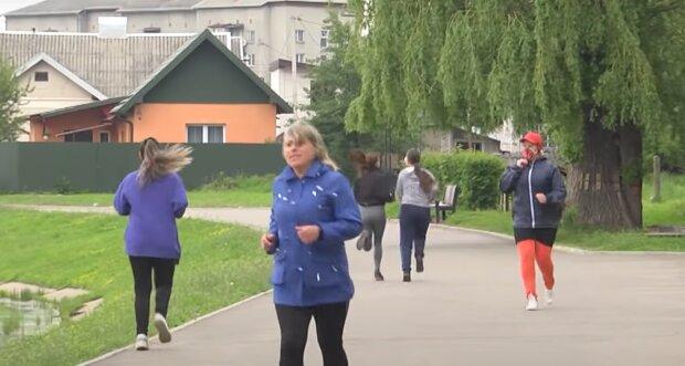 Учительница из Франковщины сбросила 25 килограмм, чтобы повести детей в горы - красотка, железная мотивация