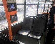 В Киеве неизвестный открыл стрельбу прямо в троллейбусе