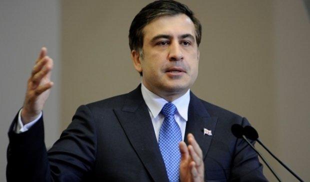 Яценюк слишком непопулярный – Саакашвили