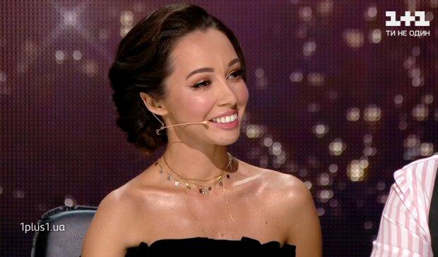 Катерина Кухар, кадр з відео