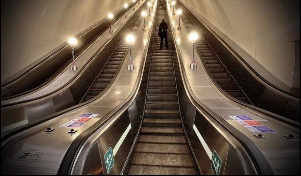 Поручни московского метро стали опасными