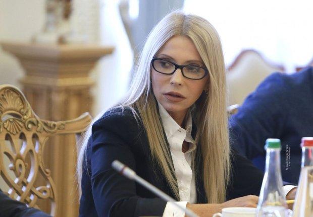 """Тимошенко """"впряглась"""" за Зеленського: """"Час наступного президента"""""""