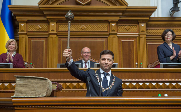 Головне за день середи 21 серпня: 100 днів Зеленського, удар по Ахметову і субсидії по-новому