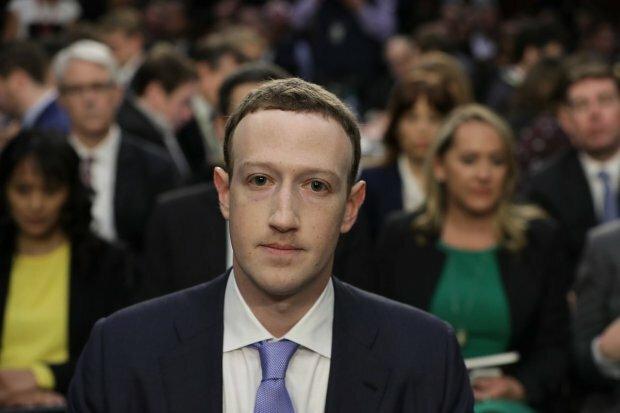 Зеленського застукали в обіймах Цукерберга, українці просто підірвали Facebook здогадками