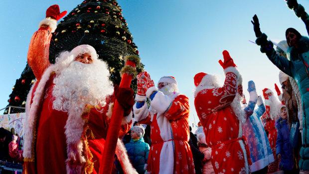 Святой Николай vs Дед Мороз: у кого больше верят