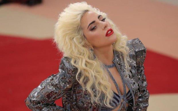 """""""Я одна"""": Леді Гага поділилася фрагментами фільму про себе"""