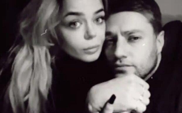 Розлучена Аліна Гросу притислась грудьми до кремезного красеня — українці вже не шкодують зап'ястків