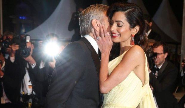 Амаль Клуні народить королівську двійню