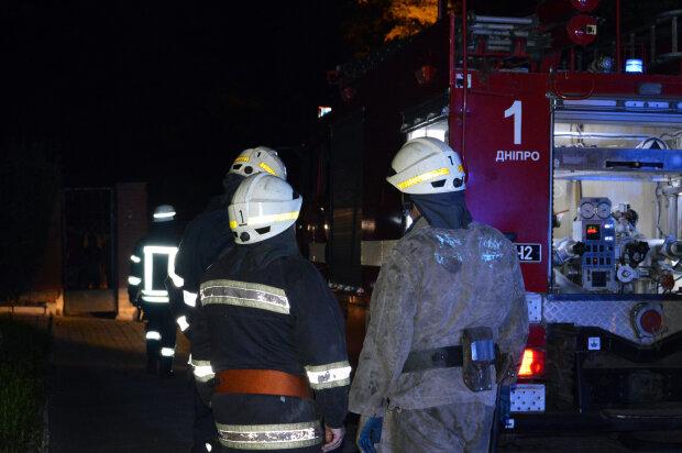 Две днепрянки сгорели живьем в жутком пожаре - родной дом стал крематорием