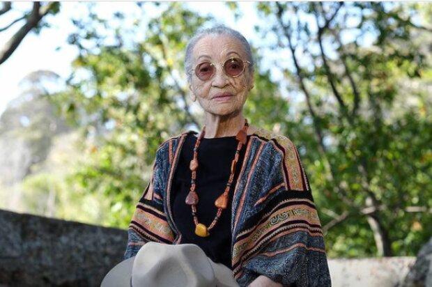 100-річна красуня розкрила секрет довголіття: все життя в зоопарку