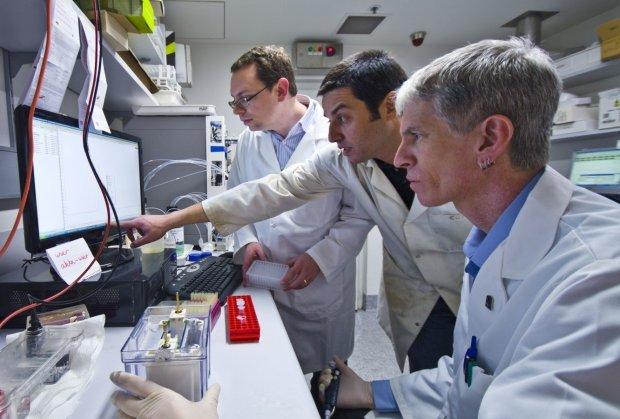 Вчені навчилися вбивати рак за допомогою того, що є в аптечці кожного