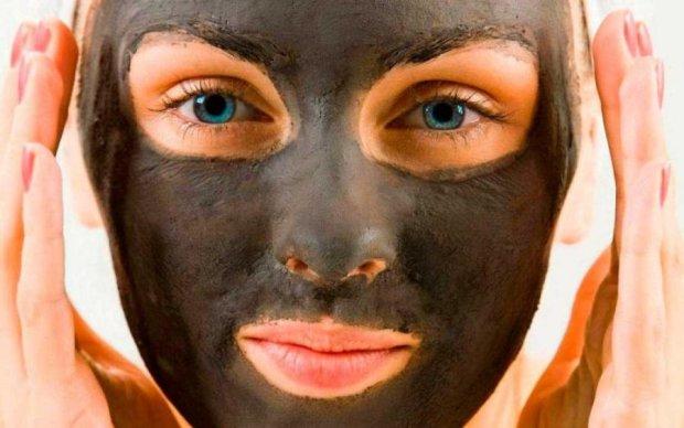 Чорна маска вдома: кращий засіб для ідеальної шкіри