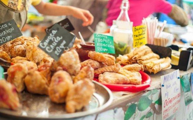 Убийственные вкусняшки: какие продукты категорически запрещено есть в жару
