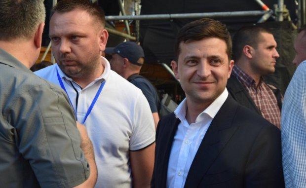 У Зеленского рассказали о далекоидущих планах: президент уедет, украинцы получат музей