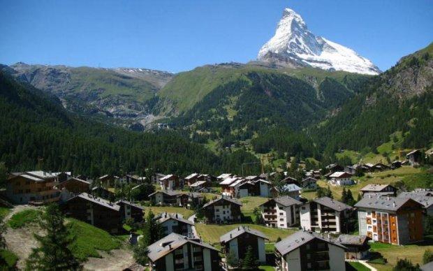 Алкогольні вершини: п'яний турист заблукав і випадково підкорив Альпи