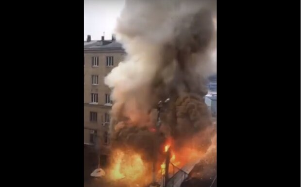Взрыв в Челябинской больнице, скриншот: Youtube