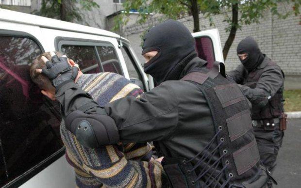 Банду коллекторов-вымогателей обезвредили на Киевщине