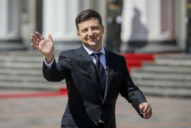 Головне за день четверга, 13 лютого: на Донбасі ліквідували людину Путіна, Зеленський змушує військових замовкнути, а Коломойський святкує
