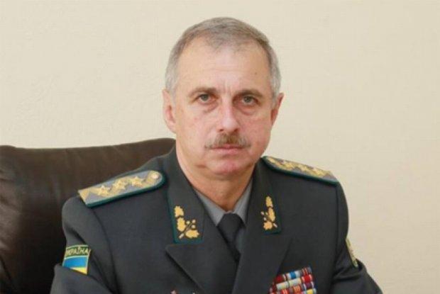 Люстрацию экс-министра обороны Коваля отменил Порошенко