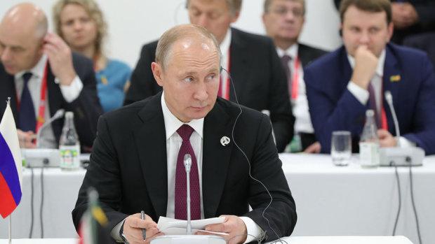 """Кому Томос, а кому - термос: Путин опозорился на ужине G20, """"дед уже совсем параноик"""""""