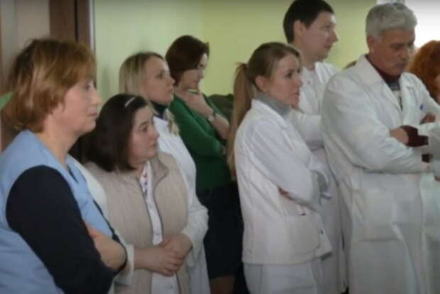 протест лікарів, скріншот із відео