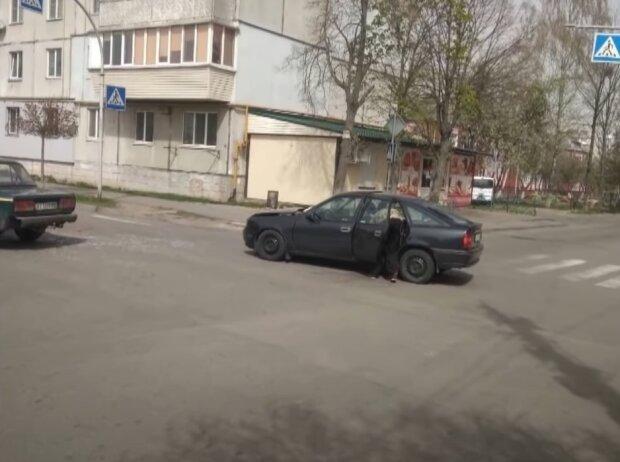 СТО под Киевом год не отдает владельцу авто, скриншот