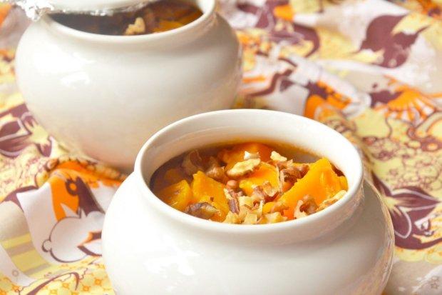Що краще всього смакує під час Великого посту: рецепт гарбузової каші, запеченої в горщиках