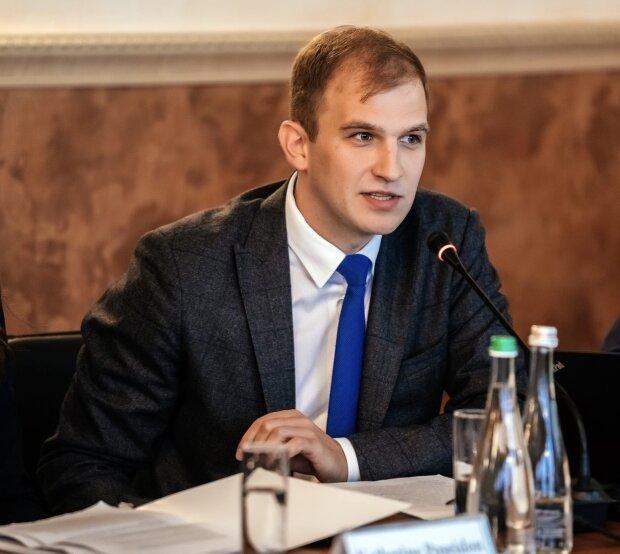 """Акцизним збором на """"зелений"""" струм уряд хоче протизаконно обрізати доходи іноземних інвесторів – Козакевич"""