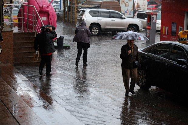Погода у Києві на 14 серпня: стихія готує українцям нові випробування, переможуть найсильніші